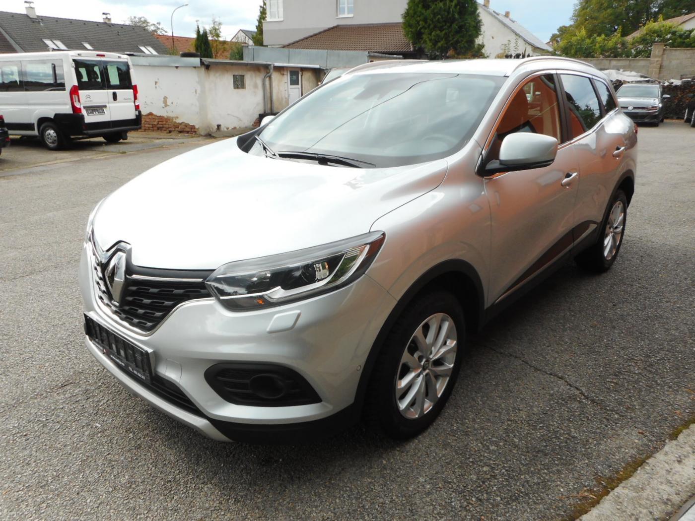 Renault Kadjar 1.3 TCe LIMITED POŠKOZENOKROUPY SUV