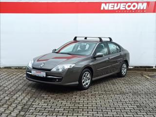 Renault Laguna 2,0 dCi 96 kW liftback nafta