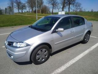 Renault Mégane 1,4 16V 72kW klima ČR 1.majitel Ser sedan