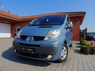 Renault Trafic 2.5 dCi Passenger 8 míst VAN