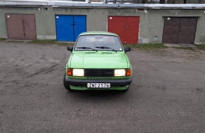 Škoda 120 1985 sedan