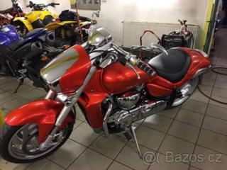 Suzuki INTRUDER M1800R chopper