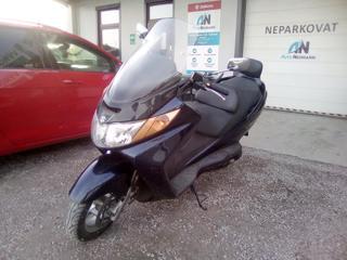 Suzuki 400 skútr