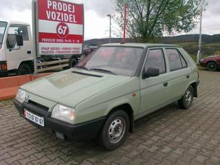 Škoda Favorit 135 LS hatchback