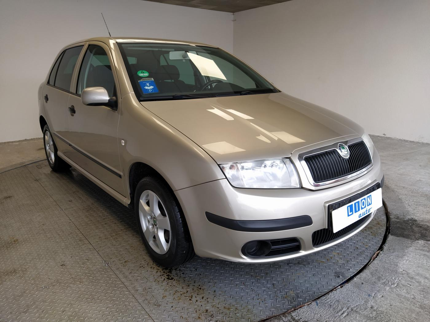 Škoda Fabia 1.4 16V SPORT hatchback