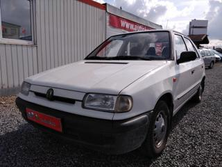 Škoda Felicia 1,3i LX, 1. majitel, serviska hatchback