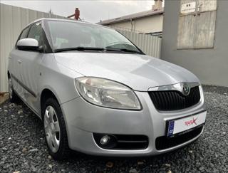 Škoda Fabia 1,2 HTP,původ ČR,118Tis.KM hatchback benzin
