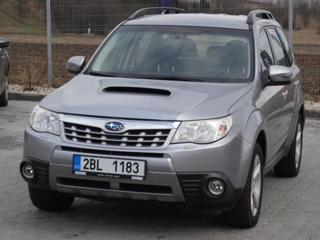 Subaru Forester 2.0 4x4 kombi nafta