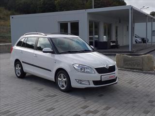 Škoda Fabia 1,2 TSI,KLIMA,SERVISKA,TAŽNÉ kombi benzin