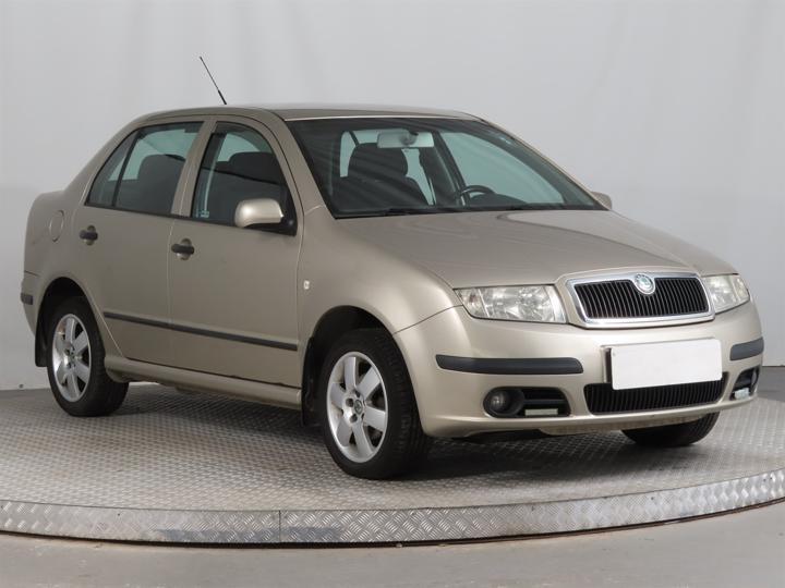 Škoda Fabia 1.9 TDI 74kW sedan nafta