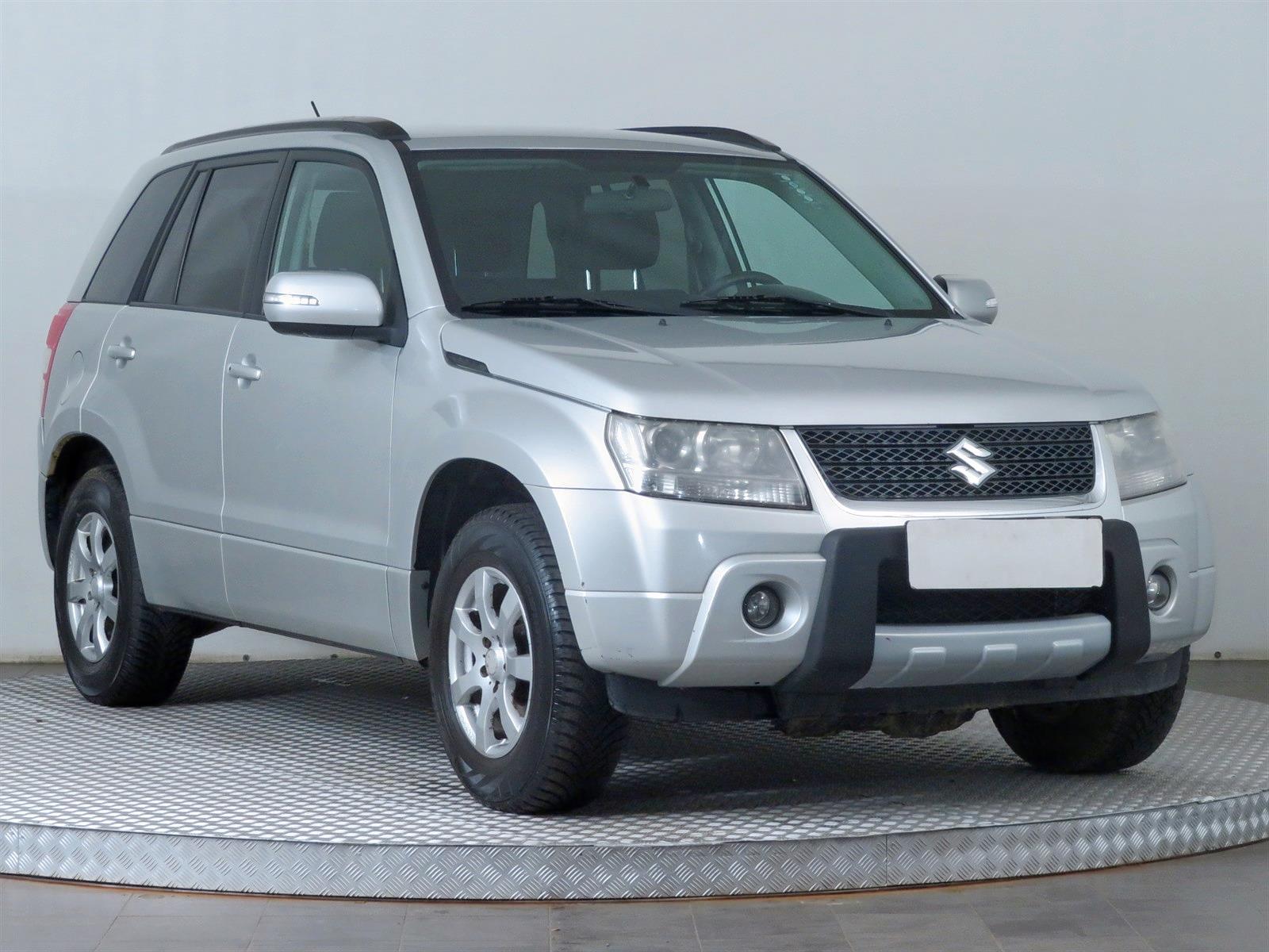 Suzuki Grand Vitara 2.4 VVT 124kW SUV benzin