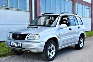 Suzuki Grand Vitara 2.0TD/4X4/TAŽNÉ/KLIMA/ALU KOLA/5DVÉ terénní