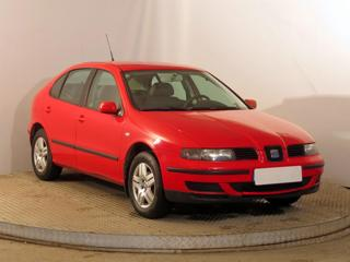Seat Leon 1.4 16V 55kW hatchback benzin