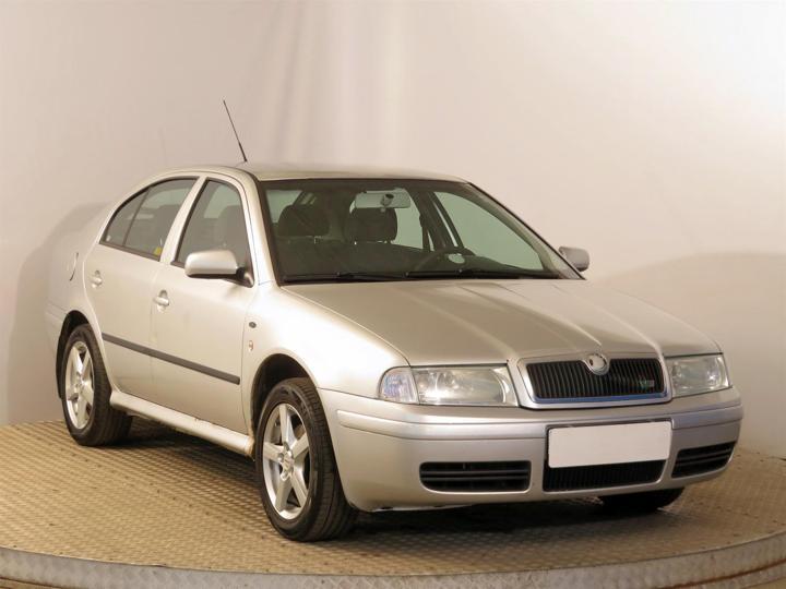 Škoda Octavia 1.9 TDI 66kW hatchback nafta