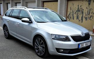 Škoda Octavia Laurin&Klement,2,0TDI PANORAMA kombi