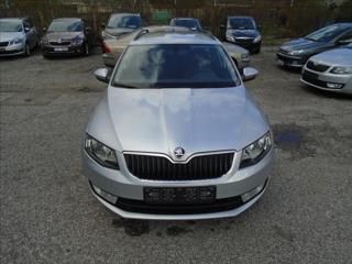 Škoda Octavia 1,6 Tdi Navi originál lak kombi nafta