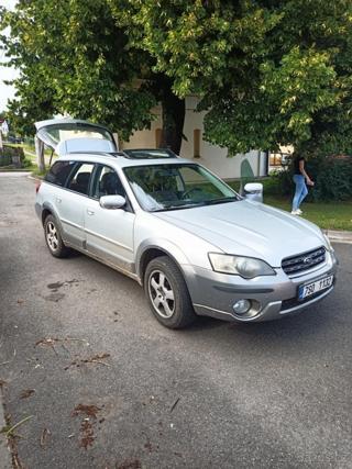 Subaru Outback kombi