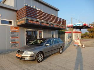 Škoda Octavia 1.6i DIGI. KLIMATIZACE, ESP kombi benzin
