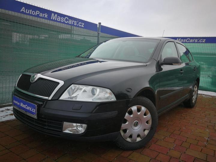 Škoda Octavia II 2.0 FSI Elegance/Xenony liftback