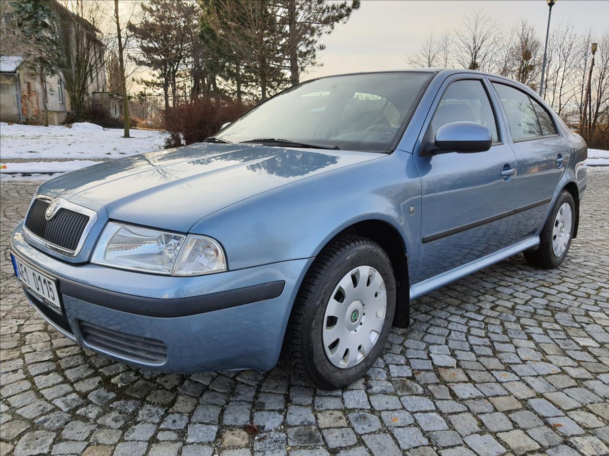 Škoda Octavia 1,6 MPi, 75 kW  Tour liftback benzin