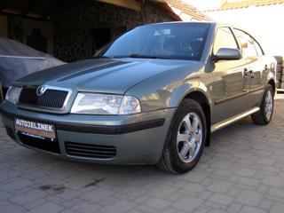 Škoda Octavia 1.6 Ambiente liftback