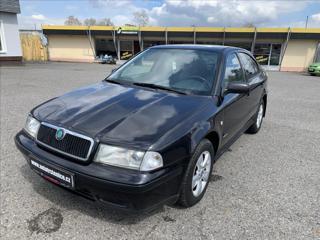 Škoda Octavia 1,6 i -- DOBRÝ STAV liftback benzin