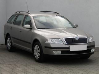 Škoda Octavia 1.6i, ČR liftback benzin