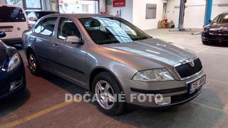 Škoda Octavia 2.0 TDi, Serv.kniha liftback nafta