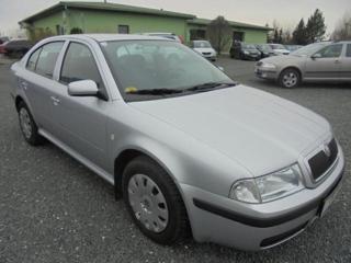 Škoda Octavia 1.9 TDi sedan nafta