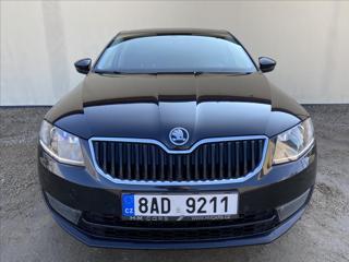 Škoda Octavia 1,6   TDI-LED-XENON-NAVI-VYHŘEV.S sedan nafta