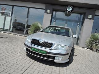 Škoda Octavia 1.9 TDI PD ELEGANCE TOP STAV sedan