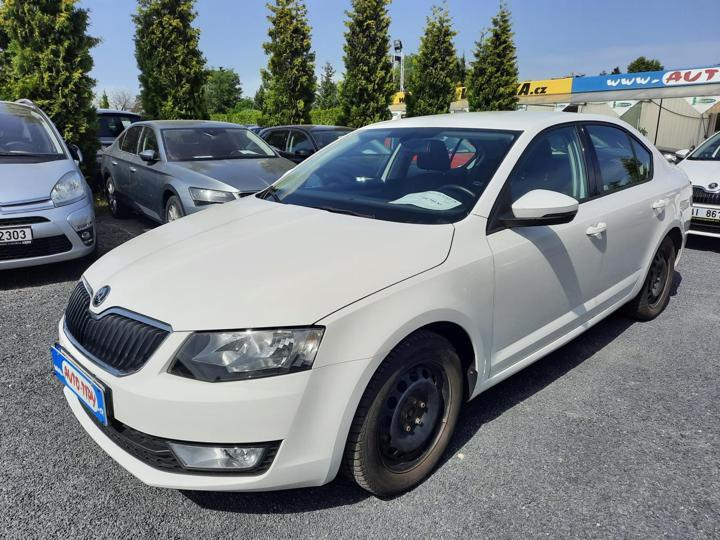 Škoda Octavia 2.0 TDI STYLE 1.MAJ,ČR,SER,KNIHA sedan