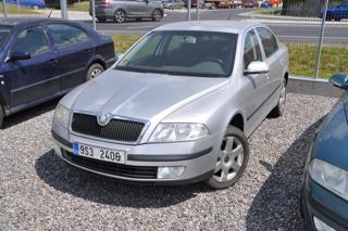 Škoda Octavia 1.9TDI zadřený motor sedan