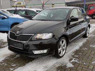 Škoda Rapid 1,2 TSi Drive*XENON*VYHŘ.SEDAČKY*SENZORY* hatchback benzin
