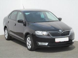 Škoda Rapid 1.6 TDi Panorama Ambition hatchback nafta