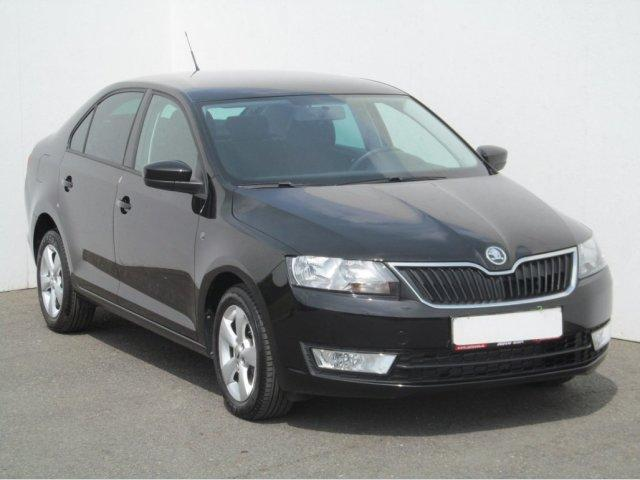 Škoda Rapid 1.6 TDi liftback nafta