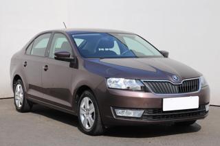 Škoda Rapid 1.2 TSI, 1.maj, Serv.kniha liftback benzin