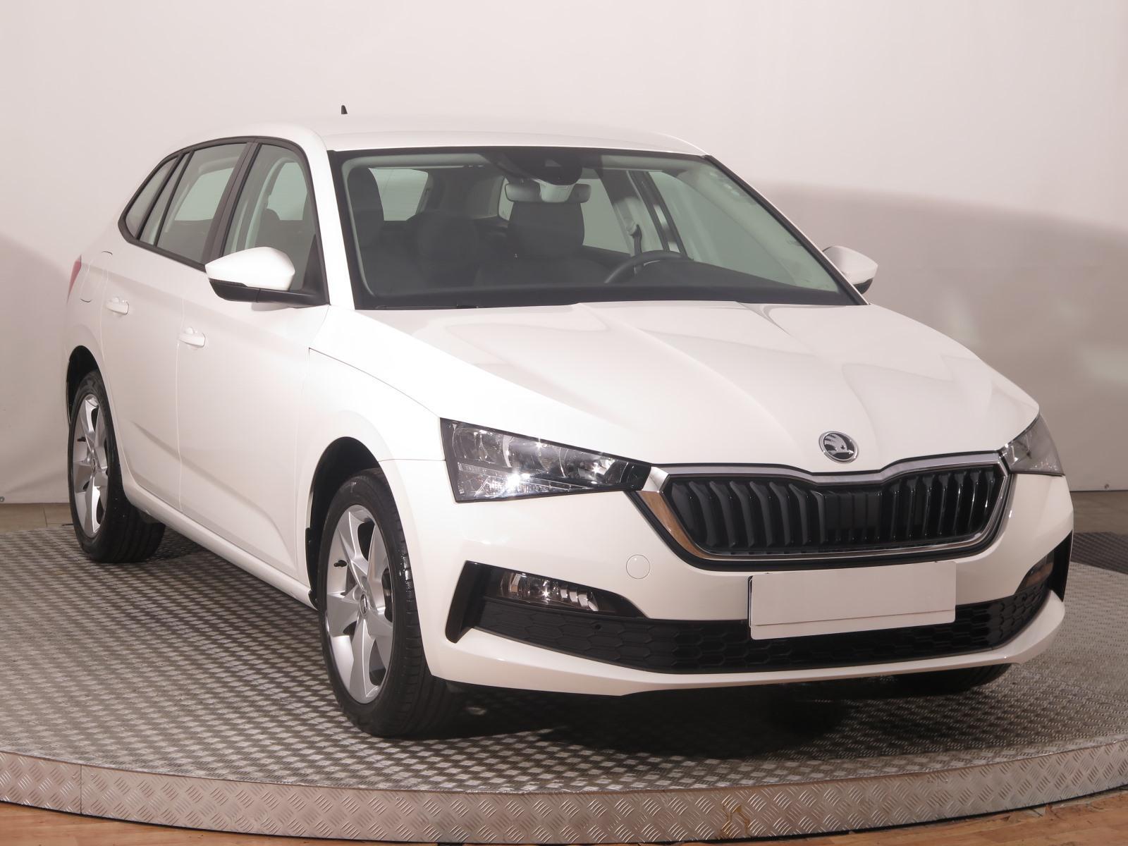 Škoda Scala 1.0 TSI 85kW hatchback benzin