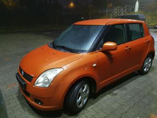 Suzuki Swift 1.3i 67kW 4x4 hatchback