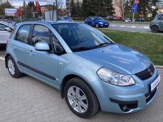 Suzuki SX4 1,6   2.MAJITEL ČR SERVISKA LPG 3/31 hatchback LPG + benzin