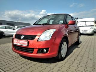Suzuki Swift 1,3 i *KLIMATIZACE * 4x4 * hatchback benzin