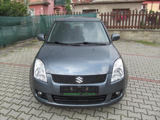 Suzuki Swift 1,3 4x4  COMFORT hatchback benzin