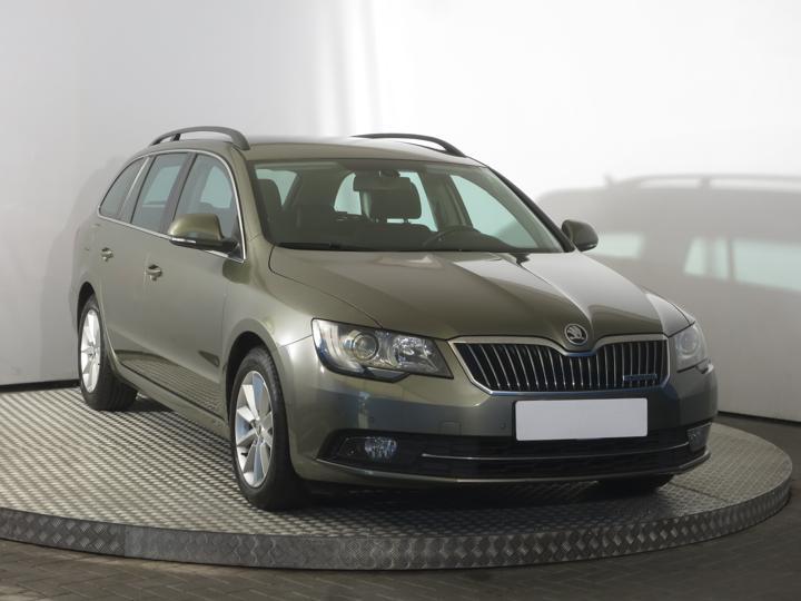 Škoda Superb 1.6 TDI 77kW kombi nafta
