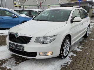 Škoda Superb 2,0 TDi 125kw*XENON*NAVI*SENZORY* kombi nafta