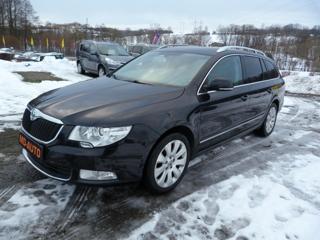Škoda Superb 2,0 TDI Elegance kombi
