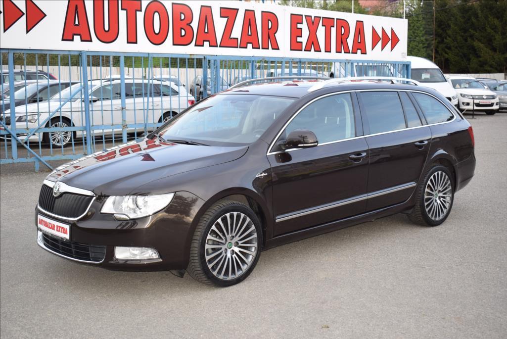 Škoda Superb 2,0 TDi  L&K 65767 km!!! DPH kombi nafta
