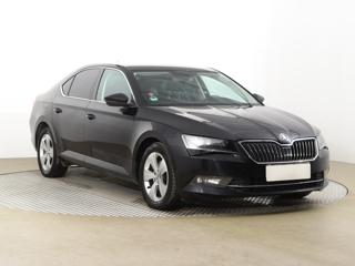 Škoda Superb 2.0 TDI 140kW sedan nafta