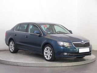 Škoda Superb 2.0 TDI 103kW sedan nafta