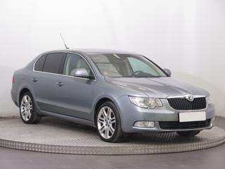 Škoda Superb 2.0 TDI 125kW sedan nafta
