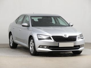Škoda Superb 2.0 TDI 110kW sedan nafta